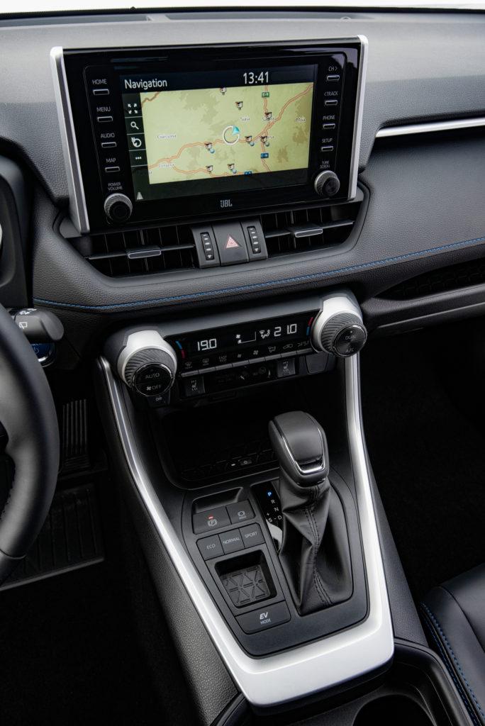 4ampnet photo 20190116 160459 684x1024 - Toyota RAV4 2,5 Hybrid, 2WD
