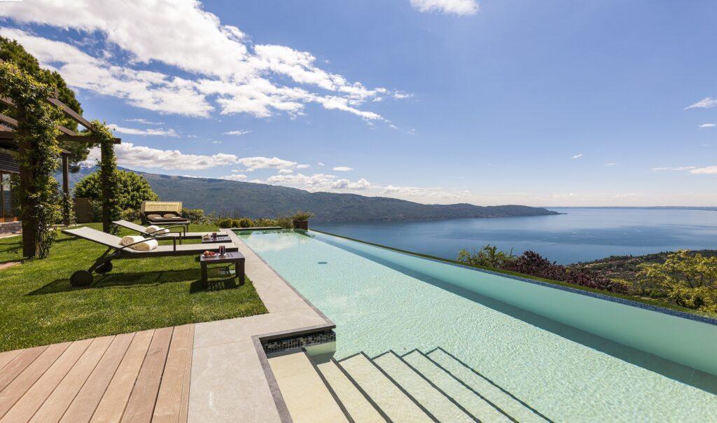 Lefay Resort SPA Lago di Garda cLefay Resorts 1024x604 - Außergewöhnliche Übernachtungsmöglichkeiten für den Sommer in Europa