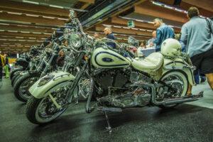 CA19 Motorrad QMW LEN 2109 18 300x200 - Classic Austria + Das Blühende Gartenfest