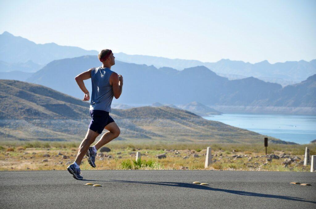 pexels pixabay 235922 1024x680 - Runtastic: Ausdauer beim Laufen verbessern