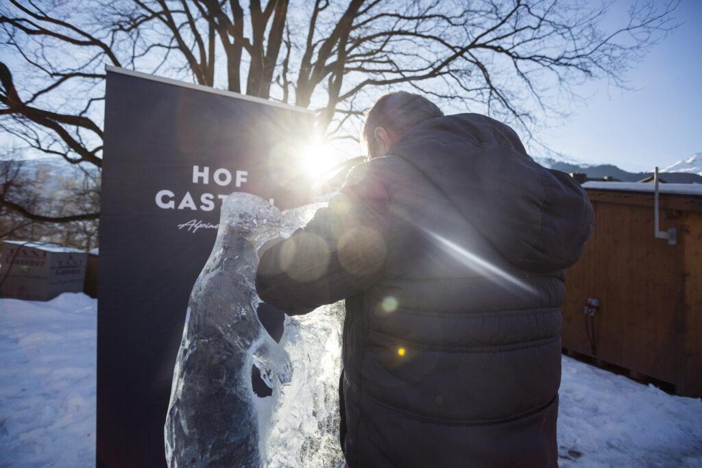 Art on Snow 4 1024x683 - Frostige Kunstwerke aus ganz Europa